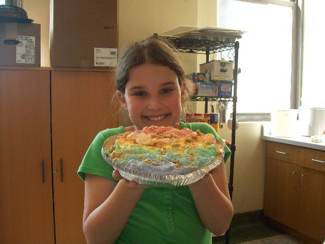 rainbow_pie_w_maker